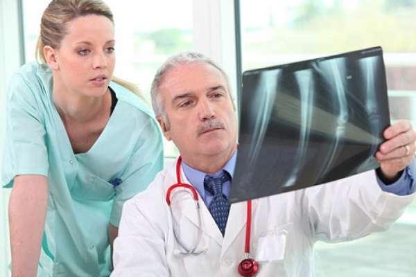 Профессия медсестра где учиться, какие обязанности у разных типов медсестер, зарплата