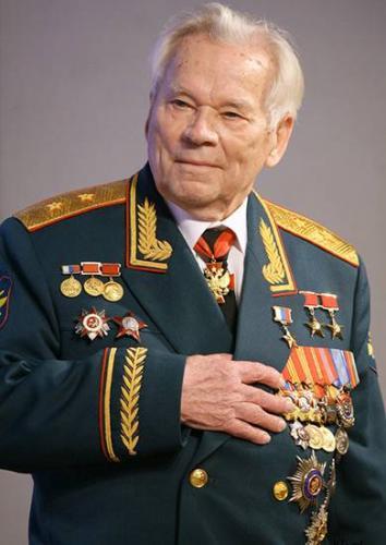 Михаил-Тимофеевич-Калашников.jpg