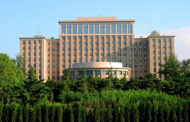 Universitet-TSinhua-Pekin.jpg
