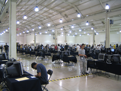 im244-320px-IOI_2006_competition_room.png