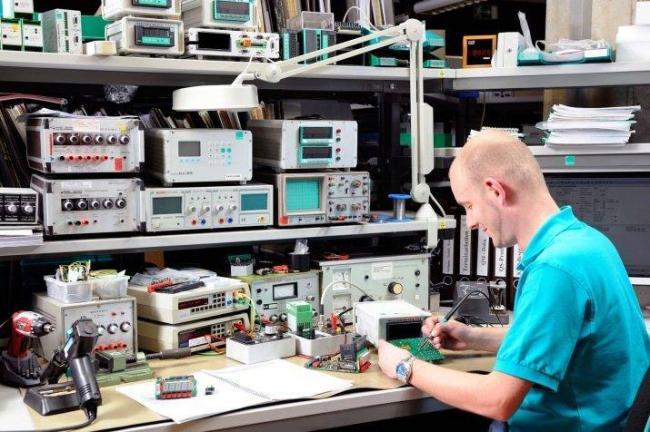 kto-takoj-radiotehnik-i-chem-on-zanimaetsya-7.jpg