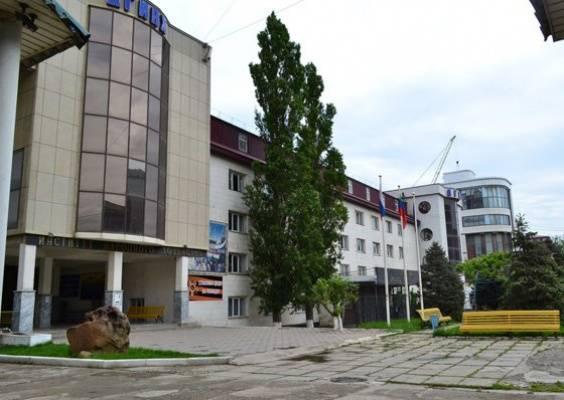 Бизнес-колледж института народного хозяйства
